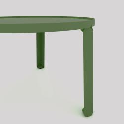Détail table basse cosy en acier couleur verte