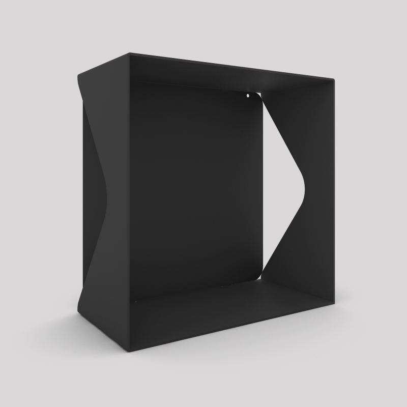 Cube-étagère échancré en acier avec sa plaque, carbone